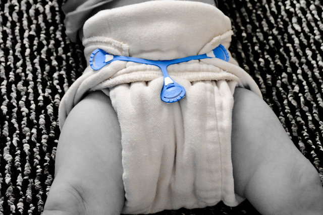 Two Easy Ways to Fold a Prefold Diaper
