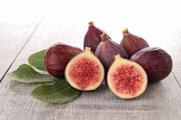 How to Dehydrate Fresh Figs
