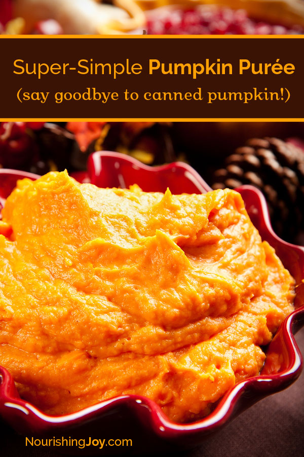 How to Make Pumpkin Puree (homemade canned pumpkin - so easy!)