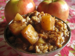 Caramelized Apple Slow Cooker Oatmeal - a fantabulous way to start the day | NourishingJoy.com