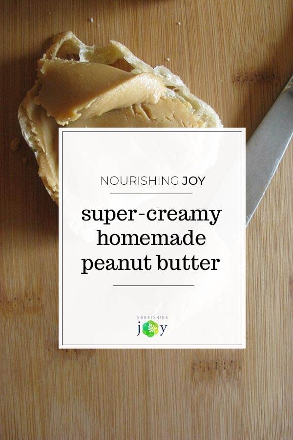 Making creamy homemade peanut butter is easy and fun - and not to mention finger-licking delicious (for all you peanut butter lovers out there!)