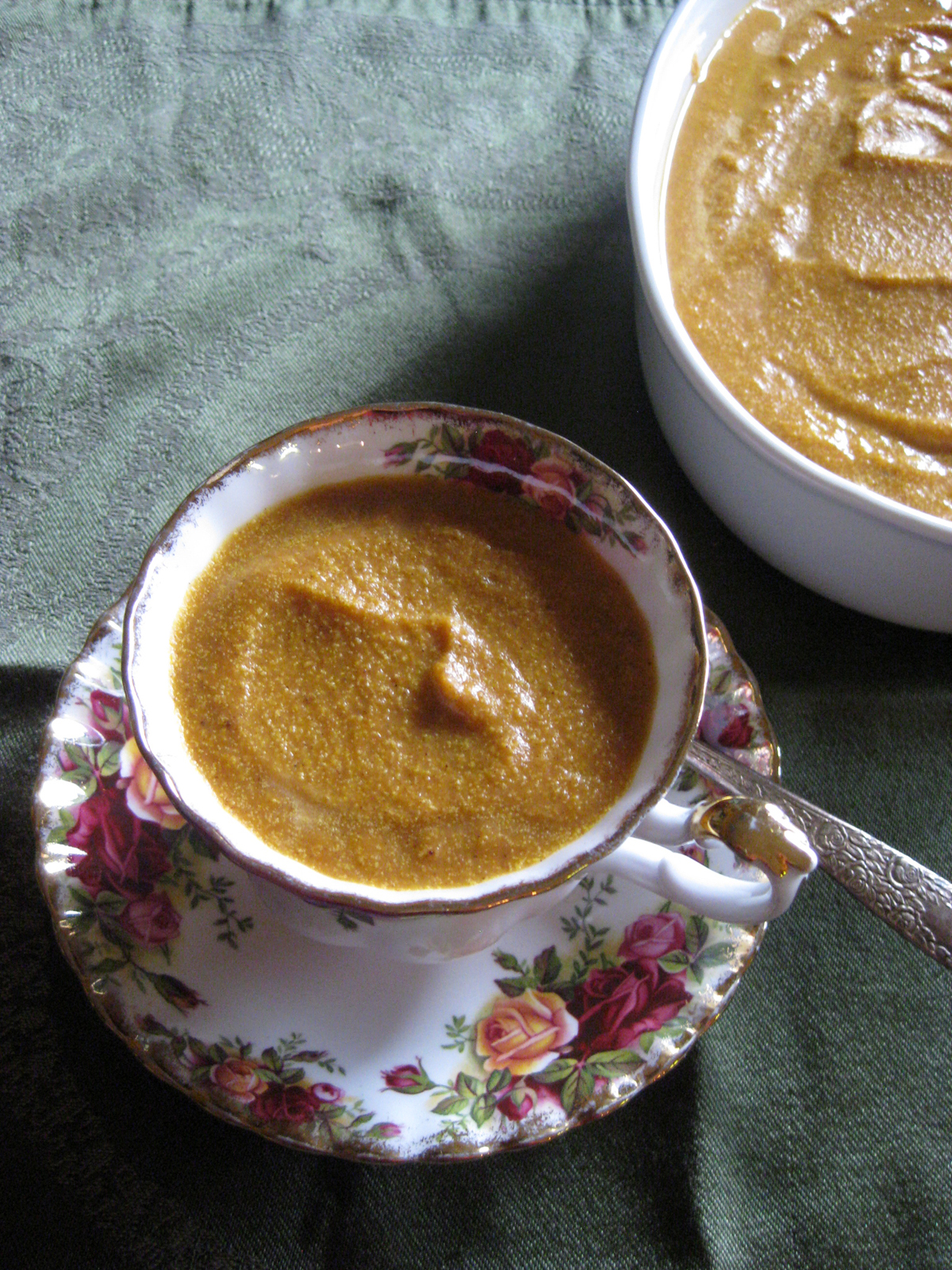 Pumpkin Pie Panna Cotta: The Elegant, 5-Minute, No-Bake Thanksgiving Dessert