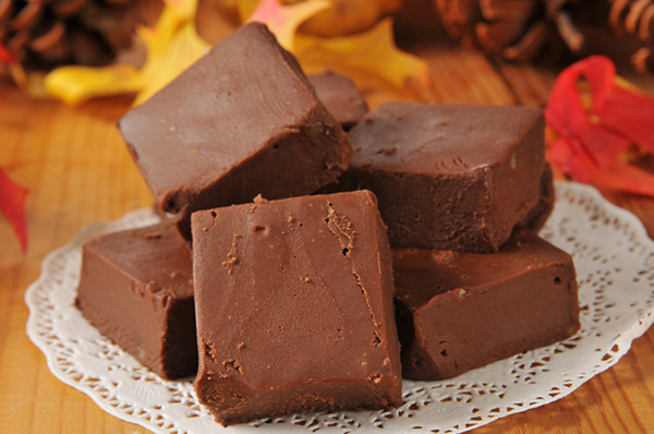 Paleo Slow Cooker Fudge - wow, I didn't know you could make fudge in the slow cooker and that it would be EASY!