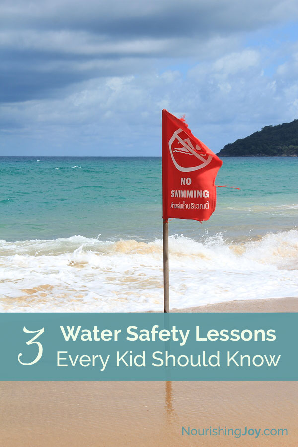Do you know how to teach your children to be safe around water, both in and out of the water? Use our quick lessons for a refresher on water safety.