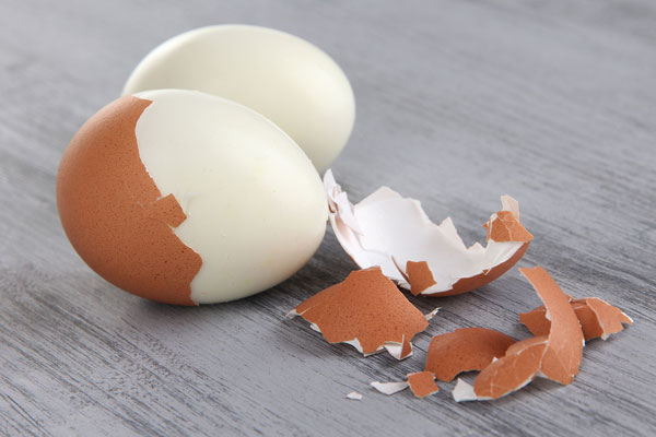 The Surprise Secret to Perfect, Easy-Peel Hard Boiled Eggs ...