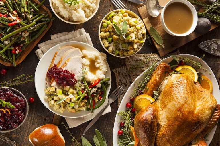 Your Complete Thanksgiving Guide: Recipes, How-To's & Last-Minute Advice for a Joy-Filled Holiday